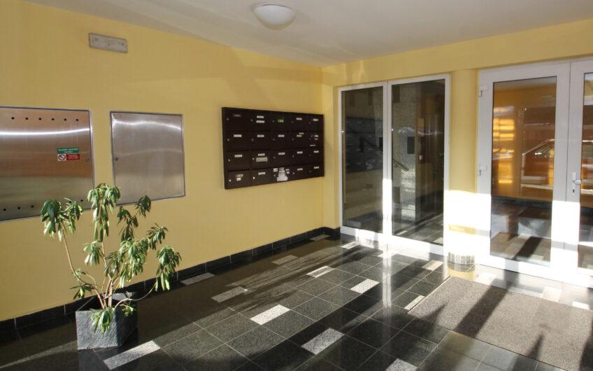 Pronájem bytu 1+KK – 34m2 Praha 8 -Kobylisy