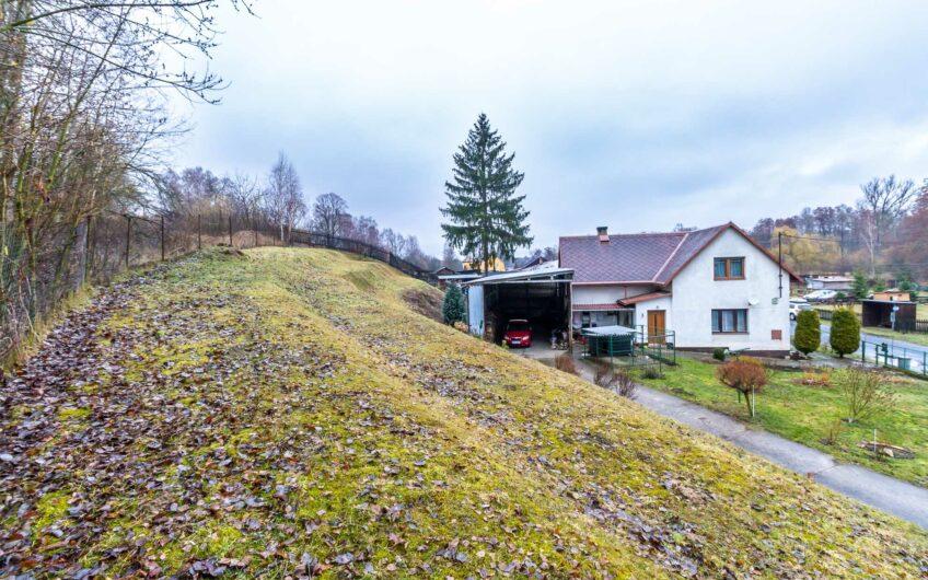 Prodej rodinného domu 4+1 s garáží, Pertoltice pod Ralskem