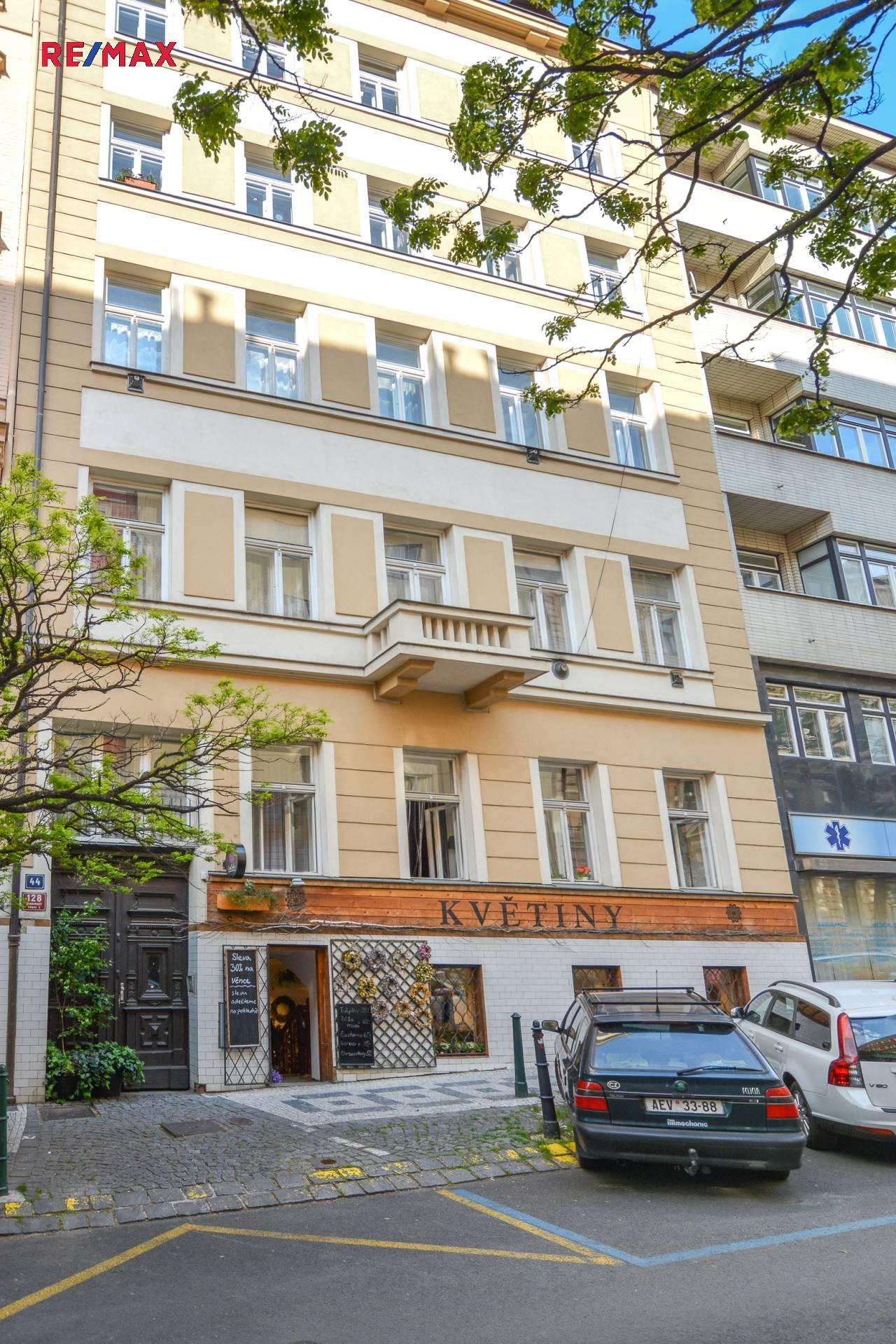 Pronájem bytu 1+1 v osobním vlastnictví 35 m², Praha 2 - Vinohrady