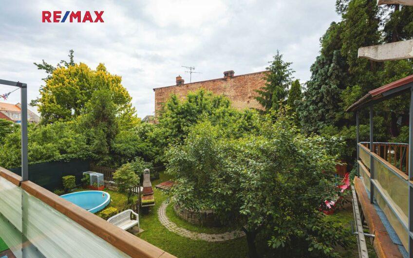 Prodej nájemního domu 860 m², Česká Lípa